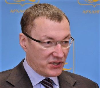 mikhalkov_anton.jpg